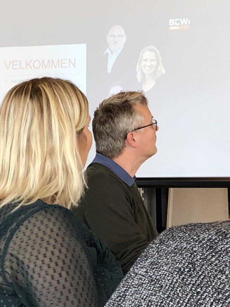 Jacob Jensen, (MF, V, miljøordfører) og Camilla Lund (Gruppeformand V, Holbæk byråd og borgmesterkandidat) ved besøg hos BEWiSynbra Danmark. (oktober 2020).